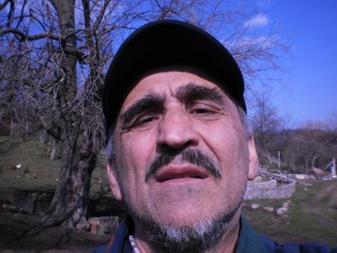 66д. Буђење пролећа у Ивању и околини. Србијом уздуж и попреко. Бела и дуд .Мирине инсталације.